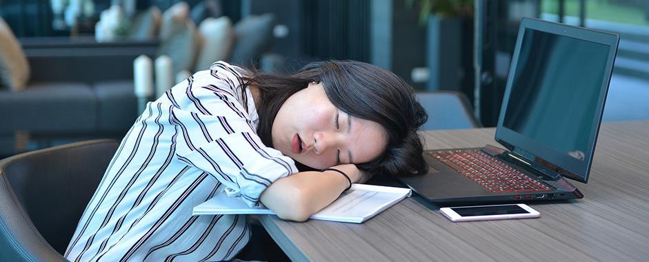Herbs for Insomnia: Sleeping Life Hacks to Get the Sleep You Need - Linden Botanicals